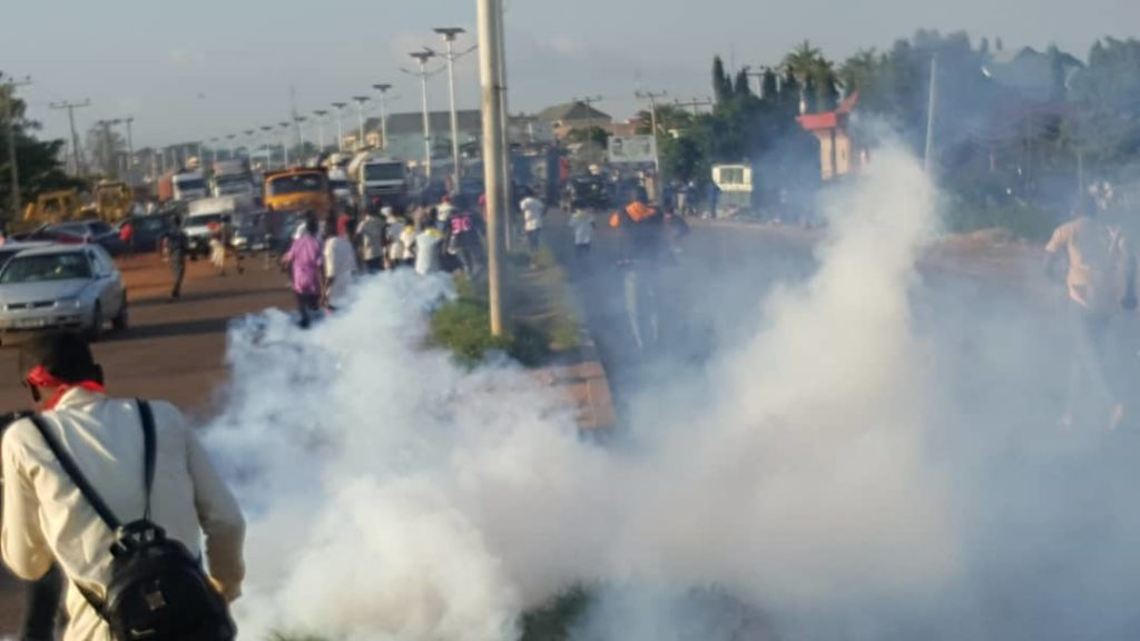 Nigerian police attacked a peaceful protest again in Kaduna